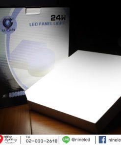 ดาวน์ไลท์ LED ติดลอยหน้าเหลี่ยม 24W (เดย์ไลท์) IWACHI